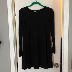 Old Navy Long sleeve black swing dress
